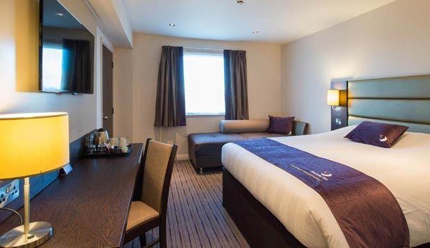 Edmonton Hotel   London   Premier Inn
