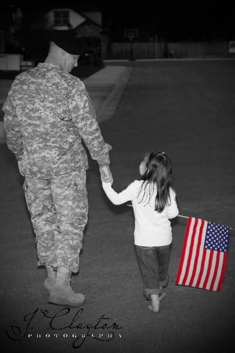 love this picture! great idea for any military family