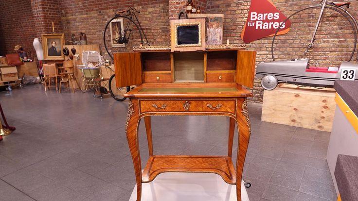 """Damen-Sekretär, """" Boneur de Jour"""", in den 70er,  80er Jahren in Italien produziert - Stilmöbel  Wert 400 - 500 €"""