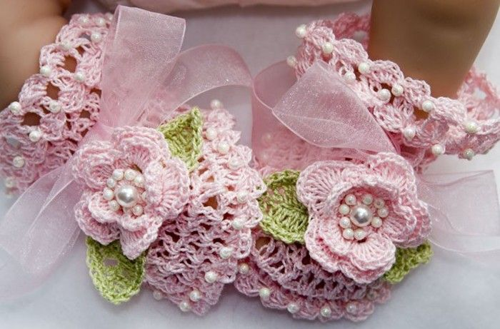 Crochet Baby Shoes ryan i want some of these someday when i have a girl