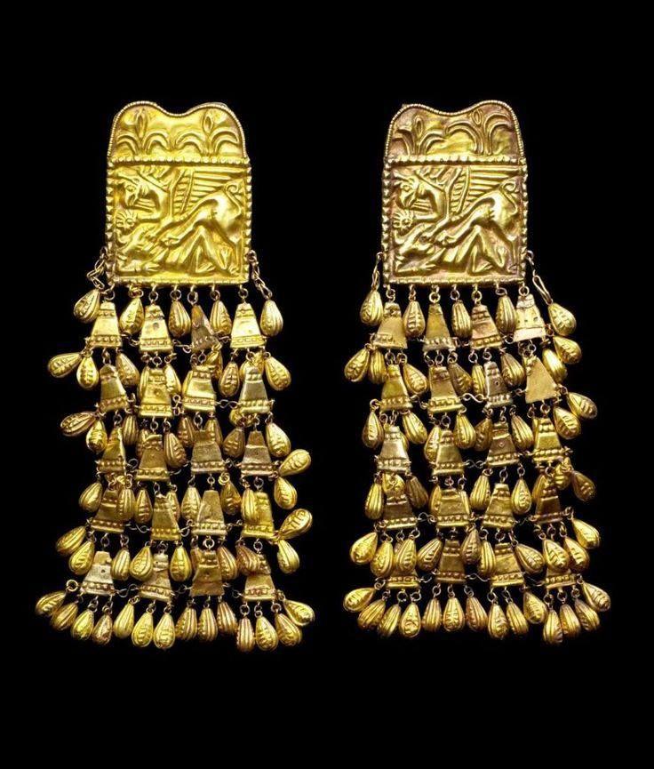 Golden Scythian earrings, ca. 7th century B.C.