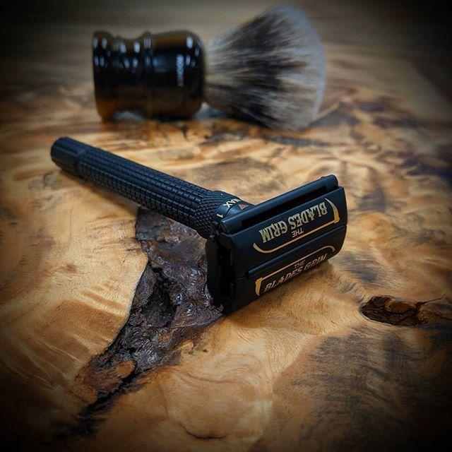 Classic Shaving V Instagram The Blades Grim Adjustable Twist To Open Safety Razor Flash Sale Save 67 Onl Classic Shaving Safety Razor Shaving Accessories