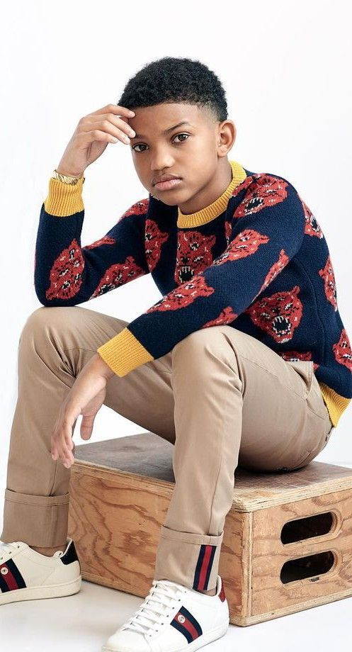 a5325359c89f Lonnie Chavis - GUCCI Boys Mini Me Blue   Red Tiger Sweater ...