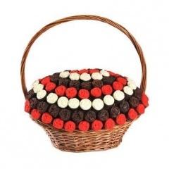MeyVagon meyve çiçekleri,çikolatalı meyve sepetleri ve kek sepetleri ile size ve sevdiklerinize gülümseten hediyeleri sunmaktadır.. www.meyvagon.com