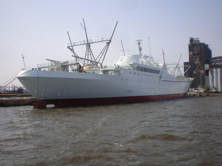 June 21,1959:  NS Savannah. 1st atomic powered merchant ship christened at Camden, N.J.  | NS Savannah Graphics Code | NS Savannah Comments & Pictures