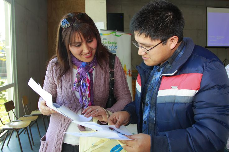 Receiving instruction at FEDES vocational training school Chile