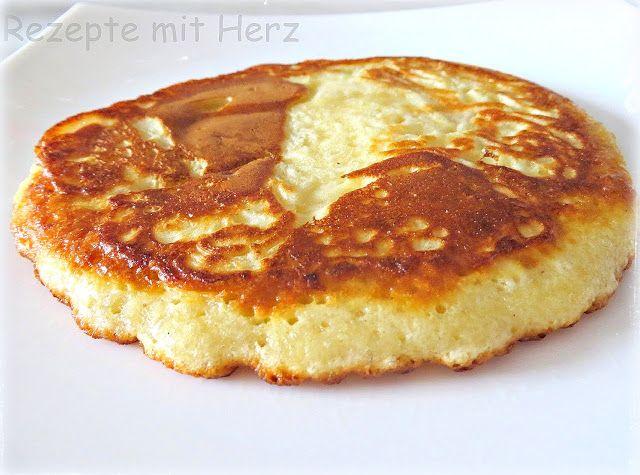 Rezepte mit Herz ♥: Fluffige Pfannkuchen / Eierkuchen Ihr benötigt: ♡ 4 Eier…