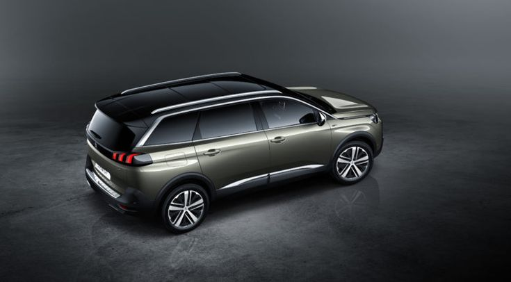 The 2017 Peugeot 5008 SUV offers a number of security-assistance systems.