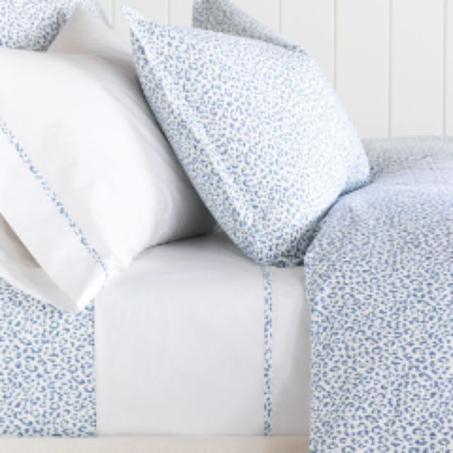 Hampton Fine Linen Duvet Cover and Shams from TOILE Boutique