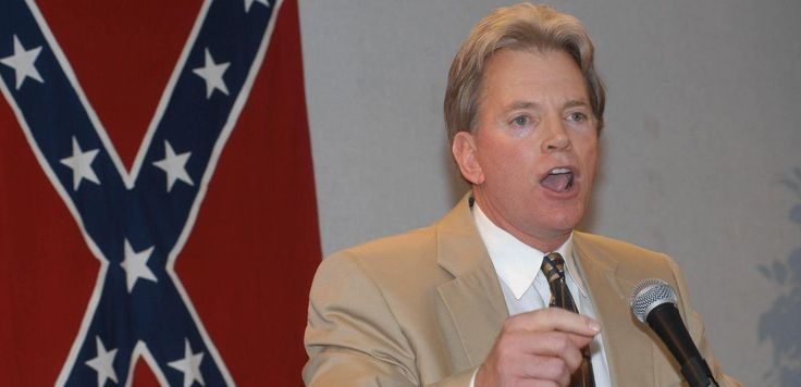 """Former KKK Head David Duke Doesn't Think Donald Trump's Tweet Was a """"Sheriff's Star"""": Someone entirely unashamed by bigotry is not making excuses. Former Ku Klux Klan leader David Duke praised the anti-Semitic image as """"Absolutely True!"""" on Tuesday, saying the seven top contributors to Clinton's campaign were """"all Zio-Tribalists."""" Obviously sensing a moment of opportunity, Duke has repeatedly challenged the """"sheriff's star"""" explanation in other posts and interviews.  """"Let's go to the tweet,""""…"""