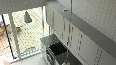 Kök i platsbyggt skärgårdsprojek t#sommarhus #fritidshus #naturmaterial #skandinaviskdesign #skandinaviskarkitektur
