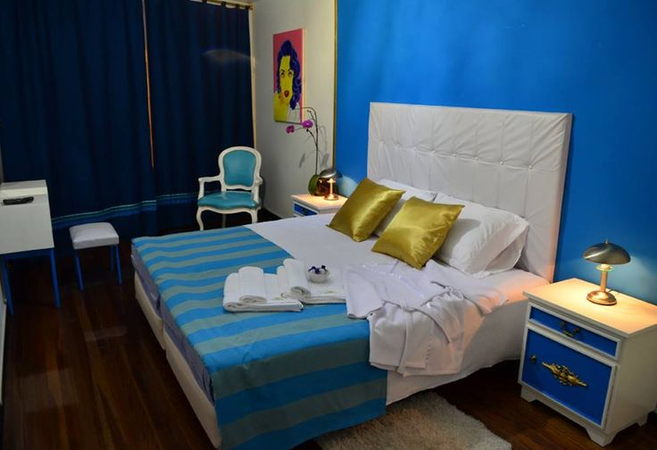 Habitación cama King. Incluye desayuno.