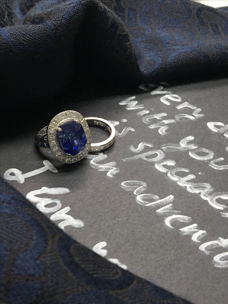 11 Carat Ceylon Blue Sapphire Statement Ring in Halo Setting set in 18K whitegold