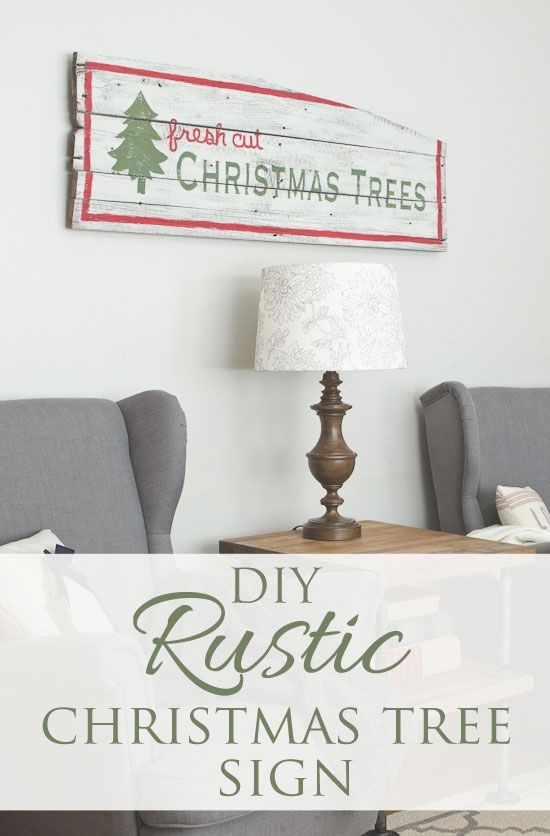 I love this hand painted holiday sign by Allison of The Golden Sycamore #mmsmilkpaint #iheartmilkpaint #christmas