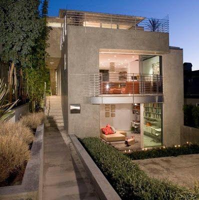 Fachada de casa moderna monocromático