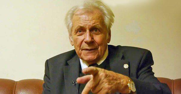 Профессор Иван Неумывакин утверждает: каждый может быть здоров, как космонавт!