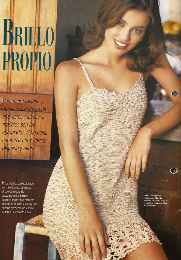 Crochet dress with chart & pattern patrones.ctejidas.net/2015/07/94-vestido-dorado-crochet.html