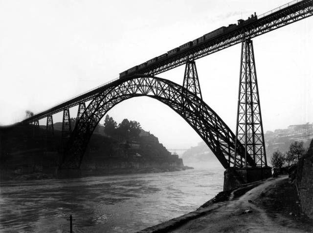 luzfosca:  Ponte Dona Maria Pia - Porto, Portugal Maria Pia Bridge - Douro River, Porto, Portugal, Undated.