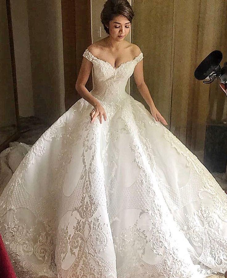 """17.2 mil Me gusta, 110 comentarios - MICHAEL CINCO Dubai (@michael5inco) en Instagram: """"Beautiful bride from the PHILIPPINES who just had a lavish wedding in General Santos City...…"""""""