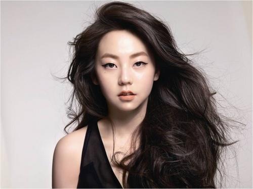 volume x curly #hairstyle :: Ahn So Hee of Wonder Girls #sohee #wondergirls