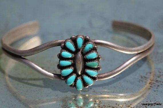 Vintage  Southwestern Zuni Style 925 Sterling Silver  Turquoise Petit Point Concho Bracelet
