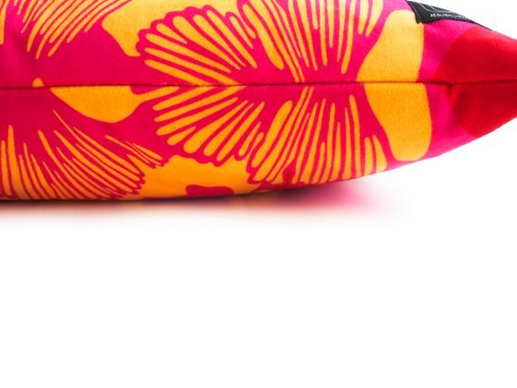 Kudde GINKO röd/rosa/gul - sammet - Ulrika Lavér