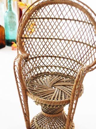 les 25 meilleures id es de la cat gorie chaise en osier. Black Bedroom Furniture Sets. Home Design Ideas