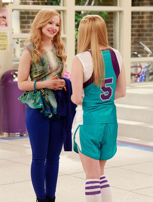 "Disney Channel orders ""Liv And Maddie"" season 2!"