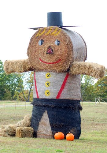 Route 66 From Start to Finish in Pictures: Fall Decorating With Hay Bales