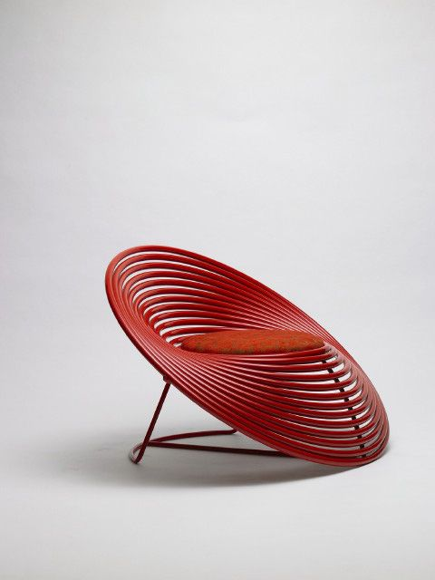 Modern Thai designed chair called Cycle by Saran Youkongdee, La Silla Acapulco al revés, LOVE it