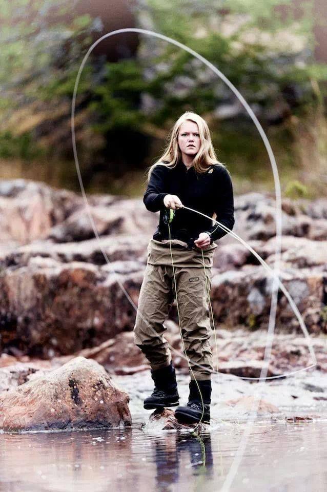 Hypnotized women fishing in snow girls