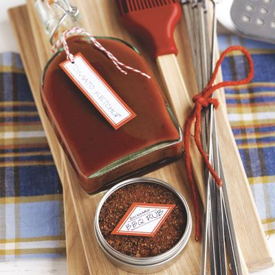 Give this special homemade BBQ rub spice mix to a BBQ lover, along side Homemade Ketchup.