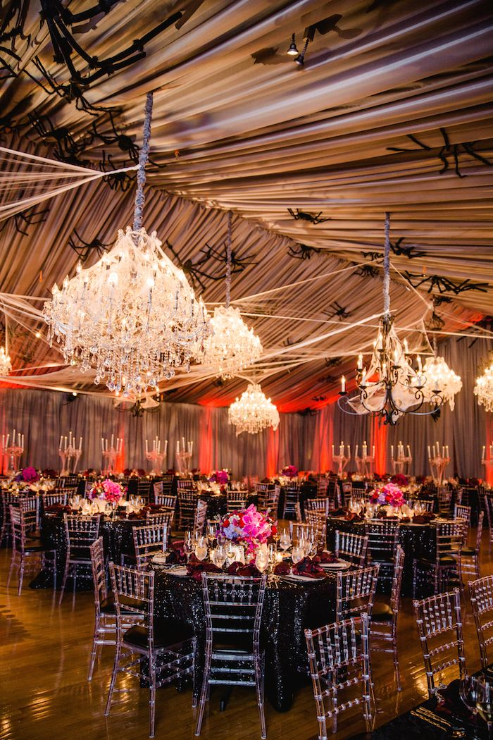 discover a stylish halloween themed real wedding - Halloween Themed Wedding Reception