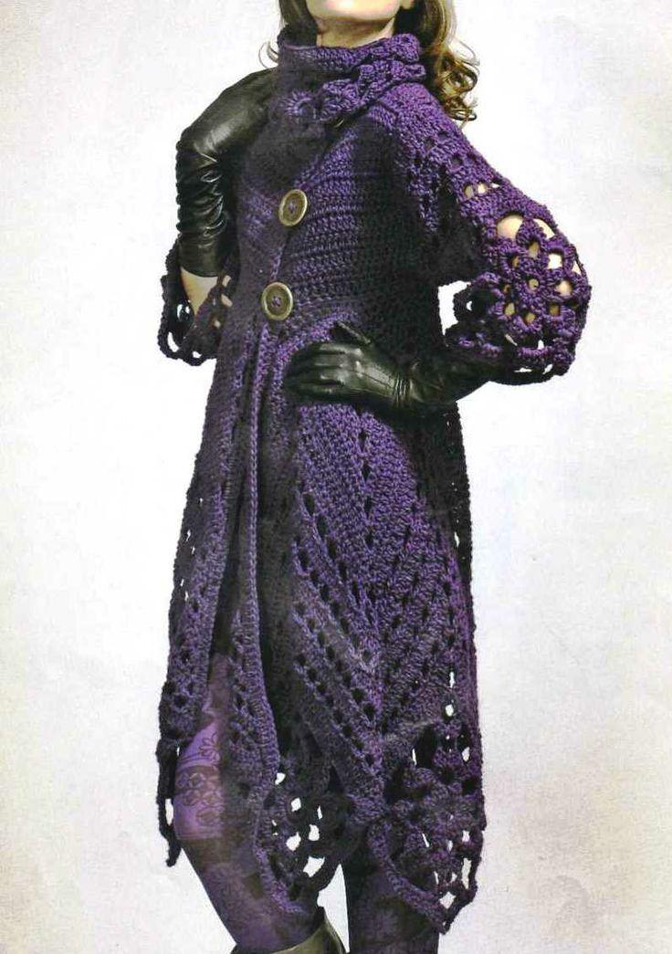 Abrigo morado crochet, in spanish