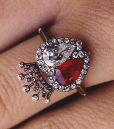 Rubies and diamonds for the engagement ring given by the Earl Spencer, brother of Princess Diana , to his first wife Victoria LockwoodVictoria Lockwood, Rubies And Diamonds, Diamonds Ruby, Princesses Diana Rings, Ruby And Diamonds, Earl Spencer, Princess Diana, Wife Victoria, Engagement Rings