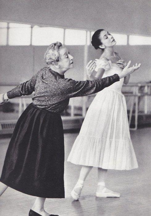 Pass it on-Tamara Karsavina coaching Margot Fonteyn in Le Spectre de la Rose