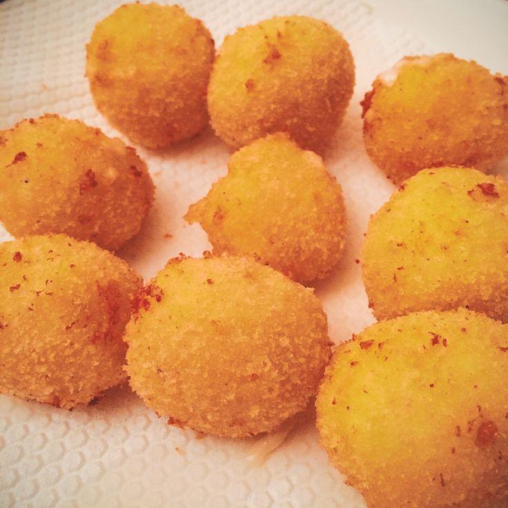 Deep fried mozza ball