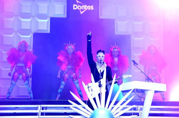 Luke Steele Photos Photos - Lead singer of the electronic duo Empire of The Sun Luke Steele performs onstage at the Doritos #MixArcade at E3, on June 14, 2016 in Los Angeles, California. - Doritos #MixArcade At E3