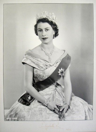 Queen Elizabeth 2 She Has Reigned From February 1952