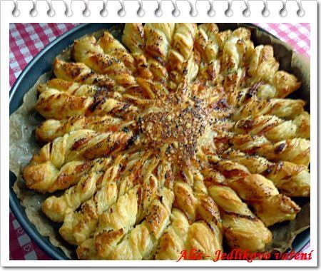 Jedlíkovo vaření: Trhací koláč z listového těsta
