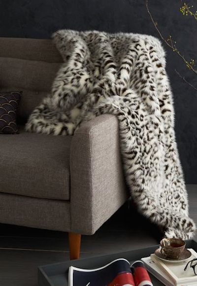 faux fur snow leopard throw http://rstyle.me/n/q8dzdr9te