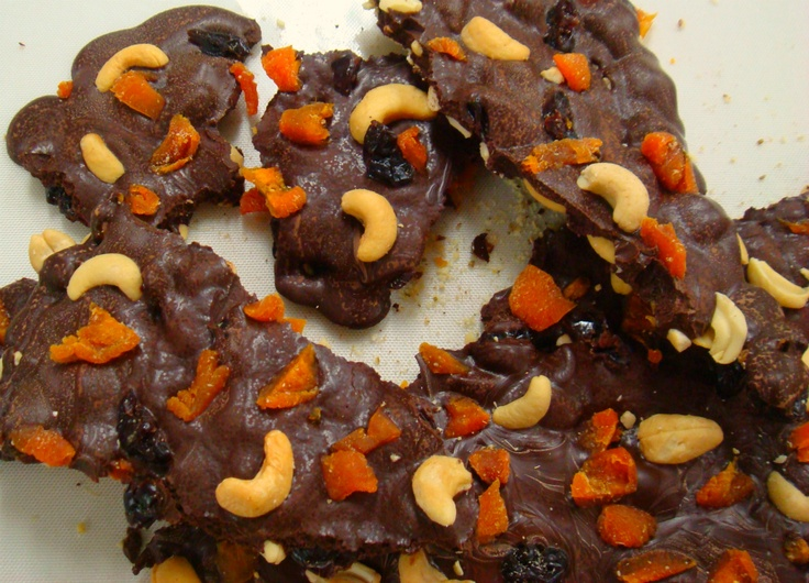Cashew, apricot, cherry and anise bark