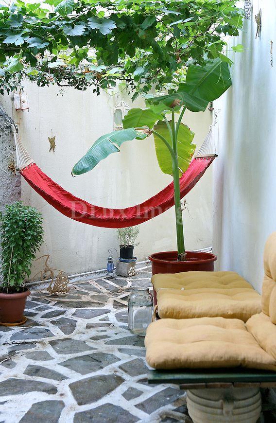 Pin By Celine Reichel On Espaces Exterieurs Outdoor Retreat