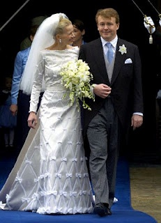 The wedding of Prince Johan Friso of the Netherlands and Mabel Wisse Smit.  I like to call this dress Bows All Over.  Why?  Because it has bows all over.