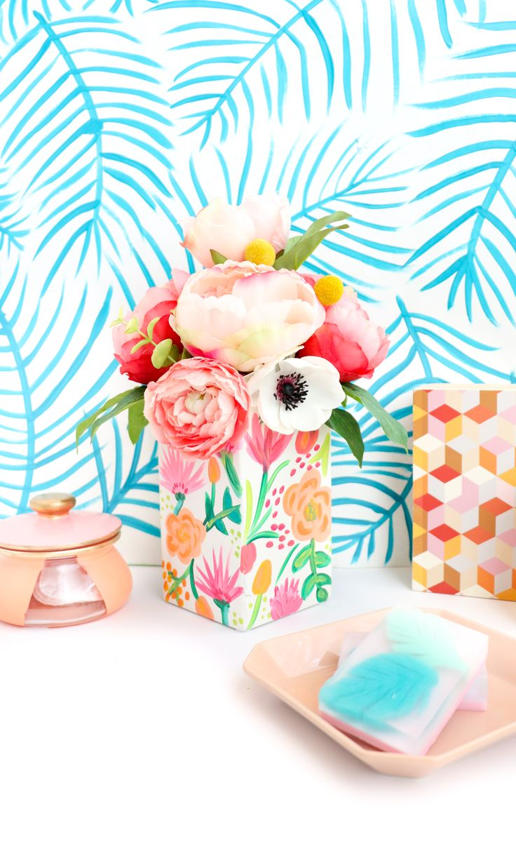 Try This: Paint Your Own Pattern on Pattern Floral Vase