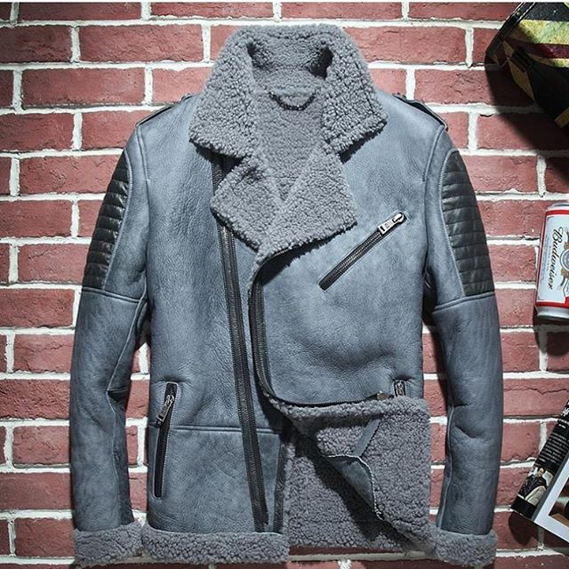 Instagram media by earlybirdscollections - $450. New on the website www.earlybirdsclothing.com click the link in my bio : : : : : : Follow the collection at @earlybirdscollections : : : :  # Leather coat for sale come in different colors #Leather  #menswear #menfashionpost #menfashion #menstyle #independent #exclusive #exclusivegame #fly #fashiondiaries #fashionblog #fashion #urban #fashion #urbanwear #clean #streetwearfashion #streetstyle  #twins #doubledosetwins  #powertv #chrisbrown…