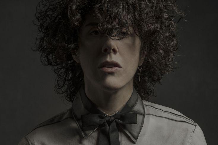 LP, aka Laura Pergolizzi, photographed by  Amanda Demme.