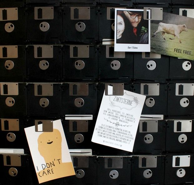 Weihnachten-Naturkosmetik-vegan-diy-selbstgemacht-rezept-Geschenke-upcycling-upcycle-nerd-geek-diskette-floppy-disk-Pinnwand-Redaktionsplan-blog