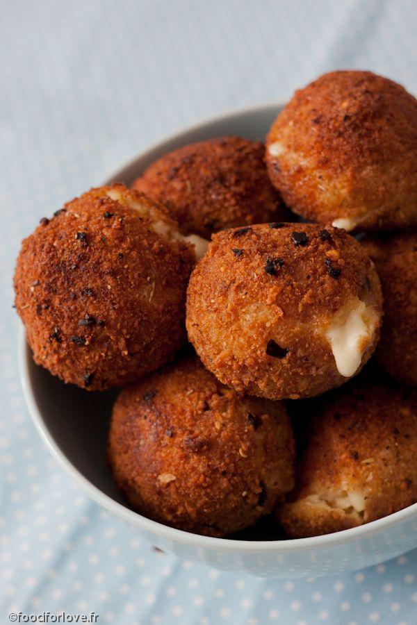 Arancinis = cheesy rice balls