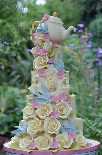 A chocolate wedding cake fit for a Vintage tea party.
